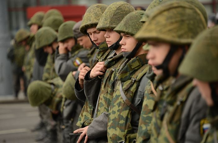 Солдаты на службе
